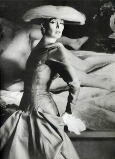 Dorian Leigh in a gown by Jacques Heim, 1955. Photo by Mark Shaw.