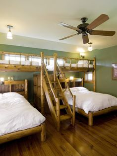 Contemporary Bedroom Bunk Beds Design, Pictures, Remodel, Decor and Ideas - page 4