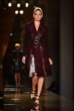 Atelier Versace | Paris | Alta-costura | Inverno 2014 - Vogue | Fashion weeks