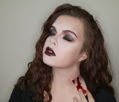 Glam vampire look