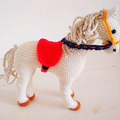 PATTERN: The Zizidora Doll - crochet doll, crochet girl, amigurumi girl, amigurumi doll, crochet jointed doll Crochet Unicorn Pattern, Crochet Horse, Crochet Animal Amigurumi, Crochet Dragon, Horse Pattern, Love Crochet, Amigurumi Doll, Crochet Animals, Crochet Patterns