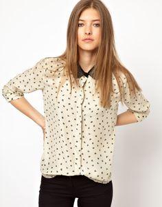 Maison Scotch lip print blouse with chain collar