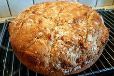 Å lage ett godt og sunt grovbrød er en god investering for flere måltider hver dag....