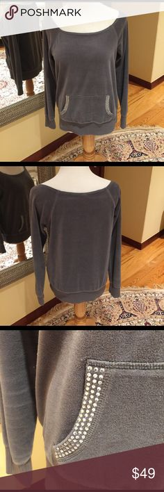 PLUSH & LUSH SWEATSHIRT Scoop neck sweatshirt with kangaroo pocket in the front.  Very soft and comfy.  Excellent condition.  Made in Vietnam Plush & Lush Tops Sweatshirts & Hoodies