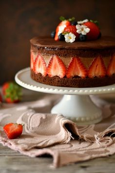 Sweet Recipes, Cake Recipes, Dessert Recipes, French Desserts, Holiday Desserts, Frazier Cake, British Baking, Strawberry Cakes, Baking And Pastry