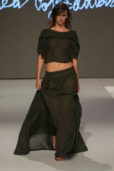 Collection of Andrea Pojezdálová presented during Fashion LIVE! Live, Skirts, Pants, Collection, Dresses, Fashion, Trouser Pants, Gowns, Moda
