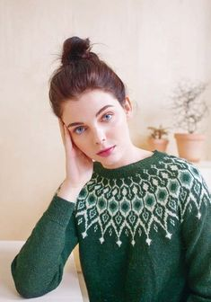 Ideas For Crochet Sweater Fashion Style Fair Isle Knitting Patterns, Sweater Knitting Patterns, Knitting Stitches, Knitting Designs, Knit Patterns, Free Knitting, Knitwear Fashion, Sweater Fashion, Crochet Baby Cocoon