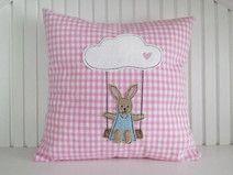 Stickdatei Hase auf Wolkenschaukel 13x18 Doodle