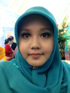 """Well i was trying to create """"Syahrini's eyelashes"""" but then i was in a hurry and didn't get to give my best to it. -_- there'll be another weddings to attend to, so I'll take it as a lesson for the future. :)"""
