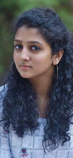 Beautiful Girl In India, Beautiful Blonde Girl, Beautiful Girl Image, Most Beautiful Women, Beautiful Bollywood Actress, Most Beautiful Indian Actress, Beautiful Actresses, Cute Beauty, Beauty Full Girl