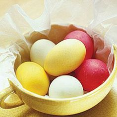 Easter crafts: How to blow out your Easter eggs