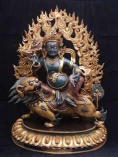 Sitting Statue Of Buddha Life, Buddha Buddhism, Tibetan Buddhism, Buddhist Art, Tibet Art, Vajrayana Buddhism, Religious Icons, Ancient Art, Deities
