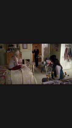 Pretty Little Liars Emily Feilds bedroom