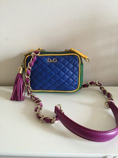 7430d28fb57b Dolce   Gabbana Lily Glam mini.