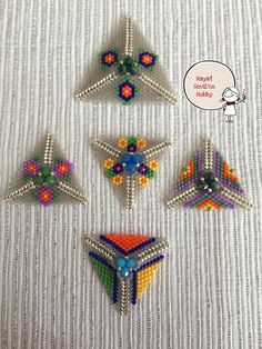 Paper Beads Tutorial, Make Paper Beads, Beaded Bracelets Tutorial, Making Bracelets With Beads, Friendship Bracelets With Beads, Tambour Beading, Loom Beading, Easy Beading Tutorials, Beaded Jewelry