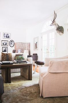 A pair of entrepreneurs' Brentwood, CA home designed by Homepolish   Rue