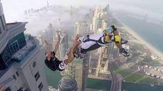 Массовый прыжок с крыши небоскреба Princess Tower