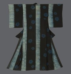 Shibori summer kimono. Taisho to very early Showa (1912-1930), Japan. The Kimono Gallery. A sheer ro hitoe kimono with all motifs constructed utilizing the shibori (tie-dye) technique. Our assessment is that the variations in color in the shibori - for example some yellowish areas - are intentional and are attributes to the total aesthetic. The shibori work on this kimono is exceptionally intricate, and must have been accomplished by a gifted craftsman.