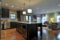 Awesome huge kitchen