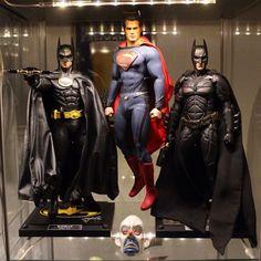 Hot Toys Batman & Superman Display.