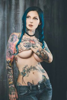 Nude girl covered in tattoos photos 106