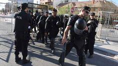 Piedra OnLine: Audiencia pública: más policías que gente particip...