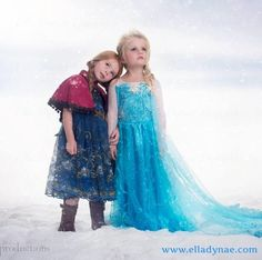 Love this a great pose/idea for two little sisters Disney inspired Frozen Elsa and Anna children's photography Sister Photography, Children Photography, Photography Props, Disney Girls, Baby Disney, Elsa Halloween Costume, Little Girl Halloween Costumes, Elsa Photos, Frozen Photos