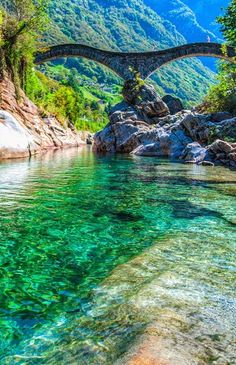 Precioso el Valle de Verzasca ubicado en Suiza.