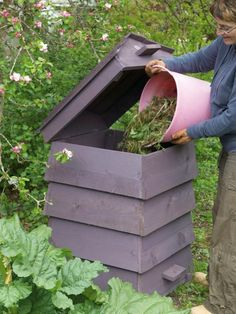 attractive and functional compost bin. It is best to layer green/wet with brown/dry. Maybe keep 2 buckets, one for each and layer as needed. Removable slot at bottom to get at finished compost.
