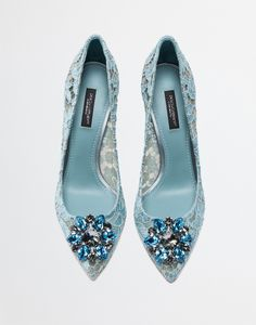 Explore the pump in taormina lace with crystals for women in ice. Choose from our wide selection on Dolce&Gabbana. Pretty Shoes, Beautiful Shoes, Women's Pumps, Pump Shoes, Flat Shoes, Shoes Sneakers, Sock Shoes, Shoe Boots, Rainbow Laces