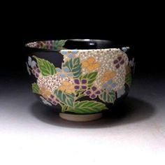 KC9-Japanese-Tea-Bowl-of-Kyo-Ware-by-Famous-potter-Eika-Miyaji-Hydrangea