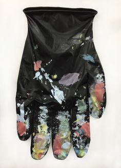 Amanda Ross-Ho, Black Glove Left #1, 2015
