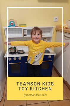 [Ad] Which kid doesn't have one, a toy kitchen? My son has a wooden one from Teamson Kids, and he just loves to prepare healthy foods with all the accessories we've acquired with time. Kids Toy Kitchen, Wooden Toy Kitchen, Real Kitchen, Basic Kitchen, Wooden Toys, Toddler Toys, Kids Toys, Toy Supermarket, Wooden Slices
