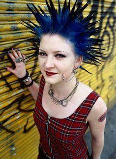 Google Image Result for http://z.about.com/d/diyfashion/1/0/Z/G/-/-/Punk_Hair.jpg