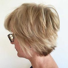 19 Incredibly Stylish Pixie Haircut Ideas – Short Hairstyles for 2019 - Trend Frisuren - Frisuren - Neu Frisuren Short Hair Styles Easy, Hot Hair Styles, Short Hair With Layers, Hair Styles 2016, Short Hair Cuts For Women, Popular Short Hairstyles, Short Bob Hairstyles, Short Hairstyles For Women, Hairstyles Haircuts