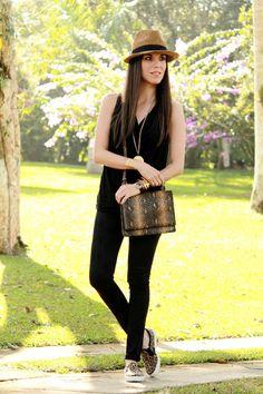www.wannia.com #desdeeltropico #Zara #Mango #Asos #KennethJayLane #fashioninspiration #fashionblogger #fashiontrends #bestfashionbloggers #bestfashiontrends #bestdailyoutfits #streetstylewannia #fashionloverswebsite #followothersfashion #wannia