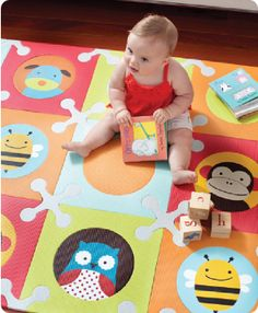 Skip Hop Playspot Interlocking Foam Tiles - Your little ones can have fun playing on this bright, colorful Playspot, by Skip Hop, while finding Soft Tiles, Baby Play Areas, Baby Playroom, Playroom Ideas, Skip Hop Zoo, Playroom Organization, Kids Corner, Baby Online, Baby Safe