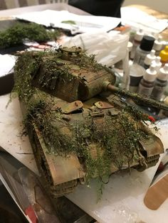 Plastic Model Kits, Plastic Models, Bolt Action Miniatures, Warhammer Imperial Guard, Model Tanks, Military Modelling, Ww2 Tanks, Army Vehicles, Military Diorama