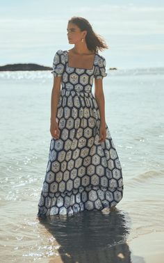 Beachy Outfits Discover Pomelo Floral-Printed Linen Maxi Dress by Agua by Agua Bendita Colombian Women, Style Wish, Printed Linen, Vacation Dresses, Trendy Fashion, Women's Fashion, Summer Outfits, Summer Fashions, Summer Dresses