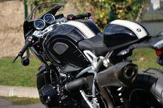"NineT Racer ""Tribute to Georg Meier"" - RocketGarage - Cafe Racer Magazine Bike Bmw, Motorcycle Bike, Street Motorcycles, Cars And Motorcycles, Nine T Bmw, Triumph Cafe Racer, Cafe Racers, Cafe Racer Magazine, Bmw Motorrad"