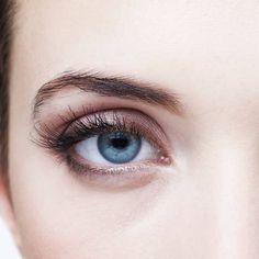 Lange Wimpern: Mit diesen Tricks wachsen sie schneller | BRIGITTE.de
