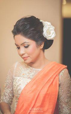 Plain orange saree with designer blouse Designer Sarees Wedding, Latest Designer Sarees, Saree Wedding, Engagement Saree, Engagement Dresses, Saree Jacket Designs, Blouse Designs, Saree Hairstyles, Bridal Hairstyles