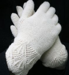 my first gloves    (*Your first? Wow!  My first looked like crap!  kmh*)
