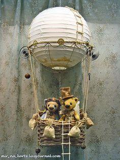 Love these Teddy Bears in the 'balloon'! Very unique ~~~~~~ **Teddy bears… Steampunk Home Decor, Steampunk House, Balloon Crafts, Balloon Decorations, Old Teddy Bears, Love Bears All Things, Hot Air Balloon, Air Ballon, Kids Corner