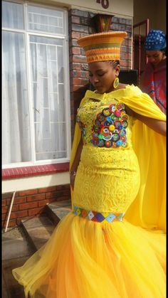 My membeso African Wedding Attire, African Attire, African Wear, Tsonga Traditional Dresses, South African Traditional Dresses, African Print Shirt, African Print Fashion, Traditional Wedding Attire, Traditional Fashion