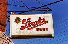 Stroh's bar sign
