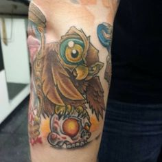 Little new school owl addition #newschool #newschoolowl #newschooltattoo #owltattoo #Padgram