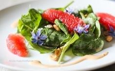 This Baby Spinach Salad with Peanut Dressing is my raw, vegan and gluten free version of a salad I had at the KOI Restaurant in Munich.