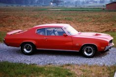 10 classic American muscle cars #Mustang #Buick #Oldsmobile