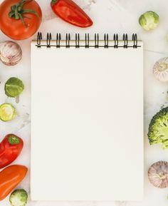 Caderno e legumes Foto gratuita Food Menu Design, Food Poster Design, Food Border, Home Exercise Program, Food Wallpaper, Food Backgrounds, Dietitian, Catering, Food Photography